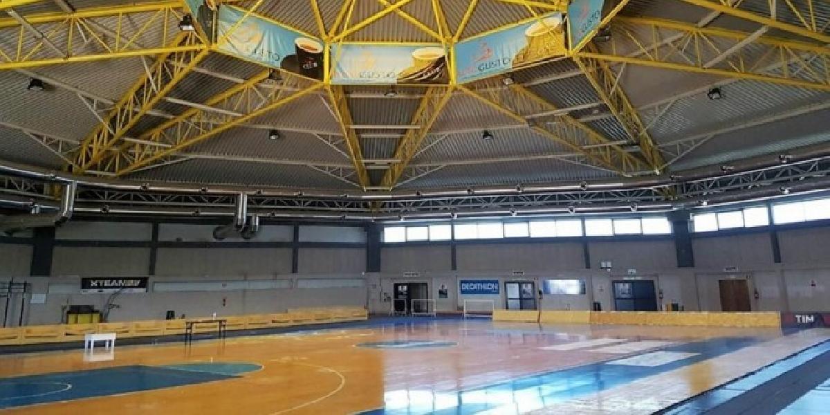 https://www.basketmarche.it/immagini_articoli/07-08-2020/supercoppa-girone-sassari-pesaro-brindisi-roma-giocher-olbia-600.jpg