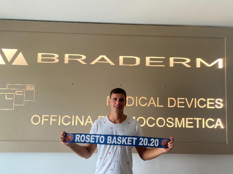 https://www.basketmarche.it/immagini_articoli/07-08-2021/roseto-basket-2020-ufficiale-conferma-esterno-matteo-timperi-600.jpg