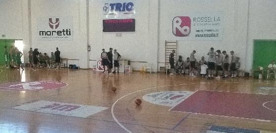 https://www.basketmarche.it/immagini_articoli/07-09-2017/serie-b-nazionale-la-virtus-civitanova-mostra-progressi-nel-test-contro-il-campetto-ancona-270.jpg