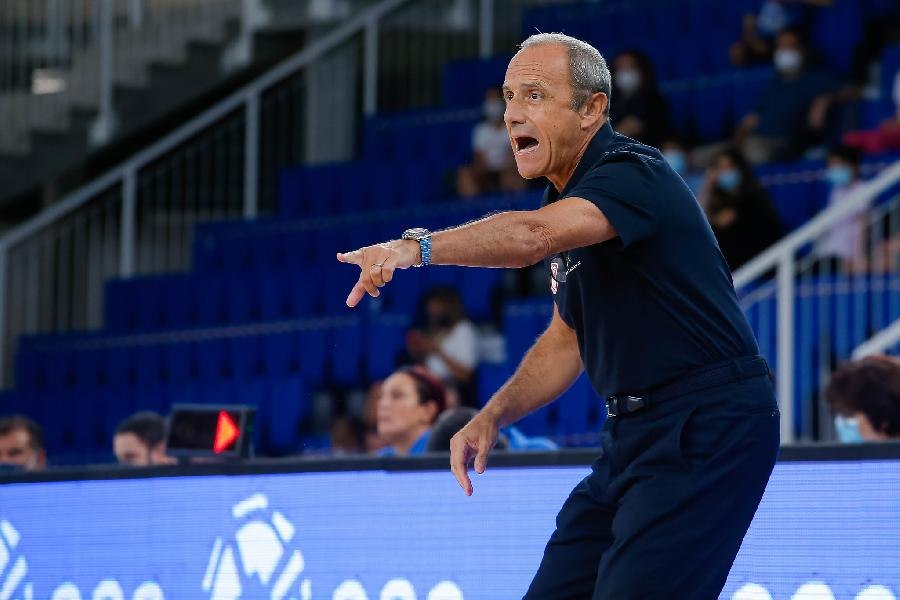 https://www.basketmarche.it/immagini_articoli/07-09-2020/olimpia-milano-coach-messina-resta-tanto-fare-siamo-contenti-600.jpg