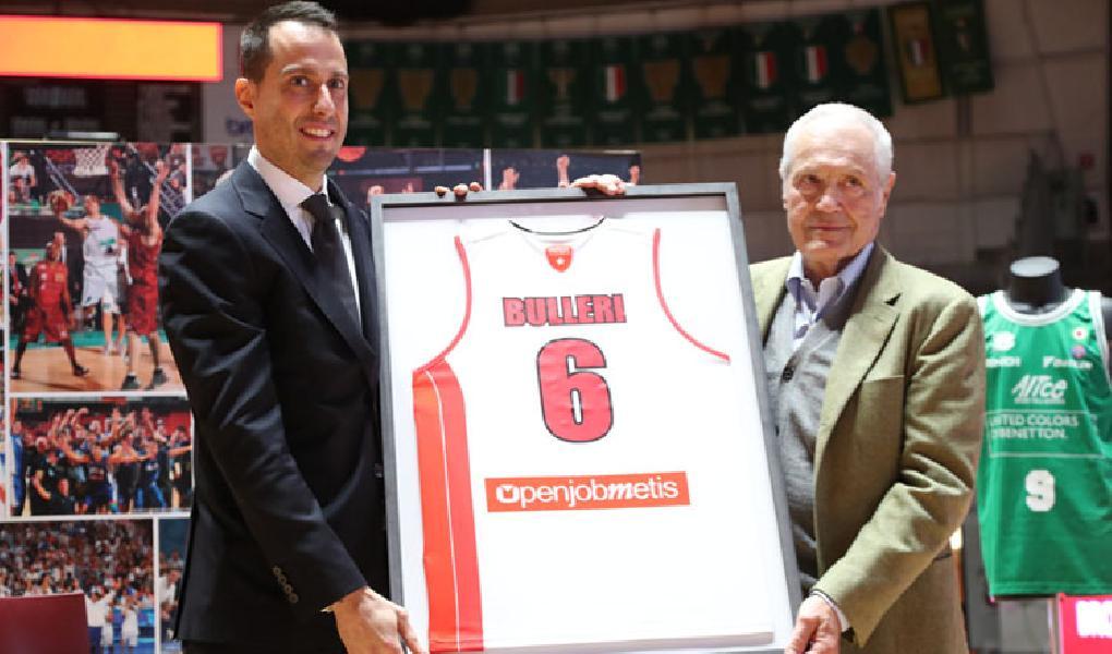 https://www.basketmarche.it/immagini_articoli/07-09-2020/pallacanestro-varese-massimo-bulleri-pronto-diventare-allenatore-600.jpg