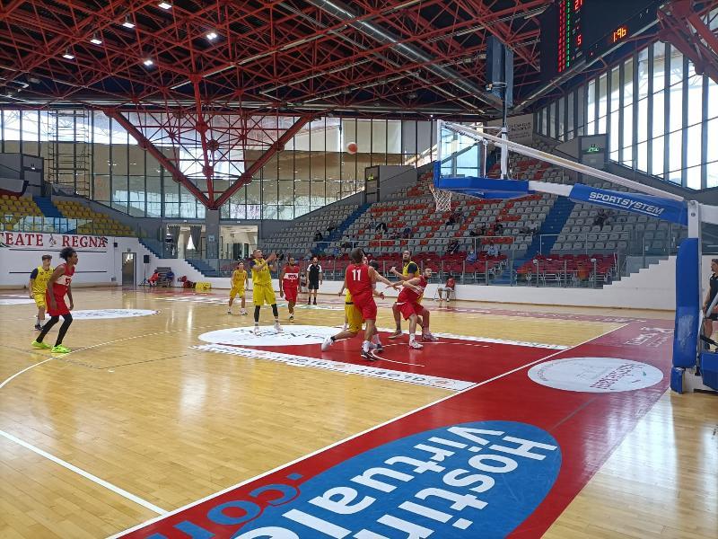 https://www.basketmarche.it/immagini_articoli/07-09-2021/buona-prova-sutor-montegranaro-campo-chieti-basket-1974-600.jpg