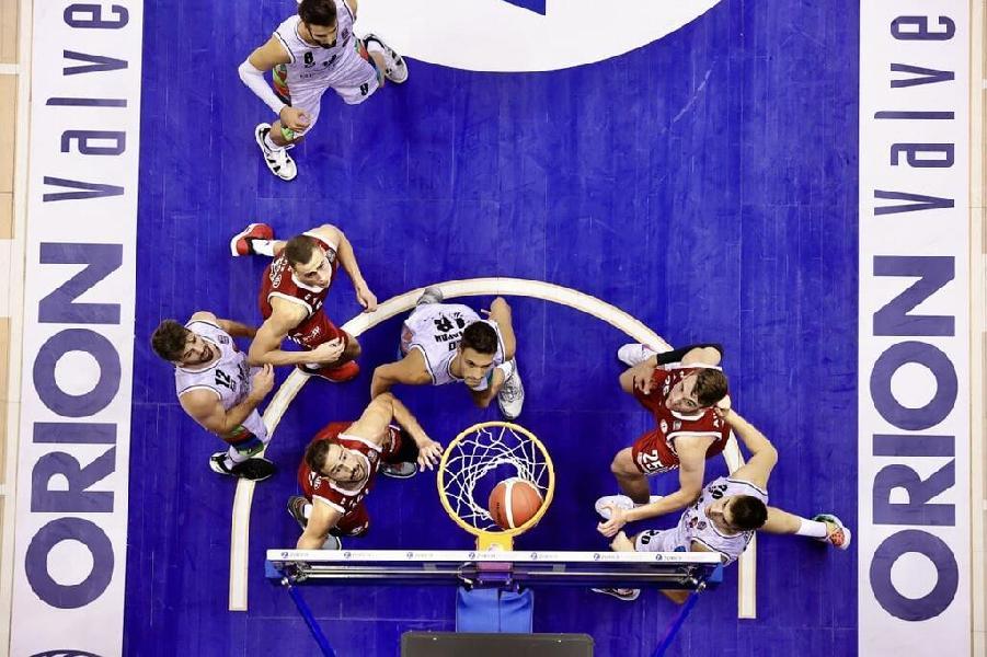 https://www.basketmarche.it/immagini_articoli/07-09-2021/supercoppa-pallacanestro-trieste-sorpresa-casa-derthona-basket-600.jpg