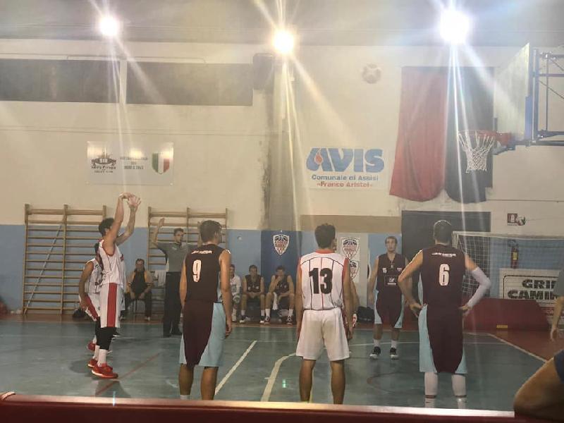 https://www.basketmarche.it/immagini_articoli/07-10-2018/serie-regionale-live-risultati-domenica-girone-umbria-tempo-reale-600.jpg