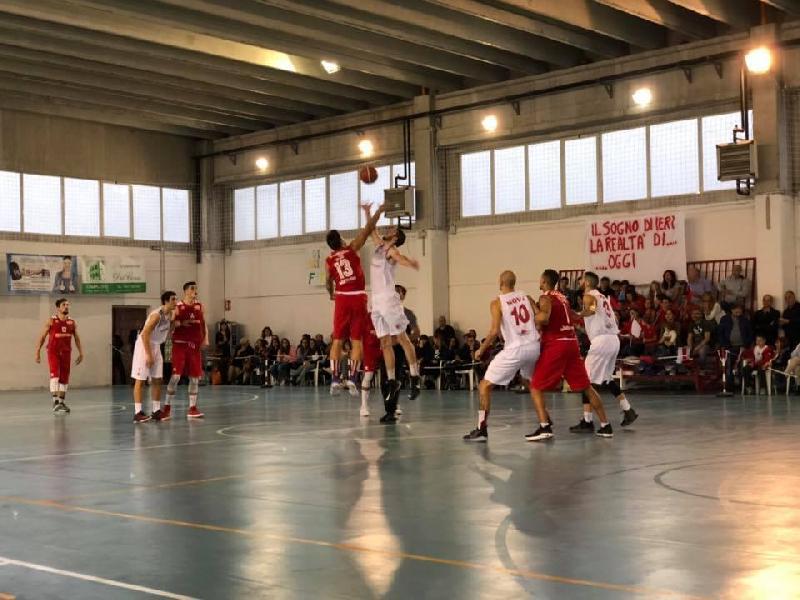 https://www.basketmarche.it/immagini_articoli/07-10-2018/serie-silver-live-risultati-domenica-girone-abruzzo-marche-tempo-reale-600.jpg