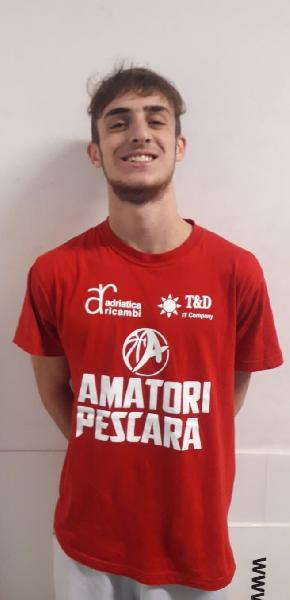 https://www.basketmarche.it/immagini_articoli/07-10-2021/ufficiale-play-lorenzo-eliseo-giocatore-amatori-pescara-600.jpg