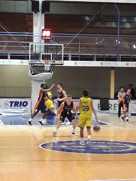 https://www.basketmarche.it/immagini_articoli/07-11-2018/aurora-jesi-passa-campo-poderosa-montegranaro-sale-secondo-posto-600.jpg