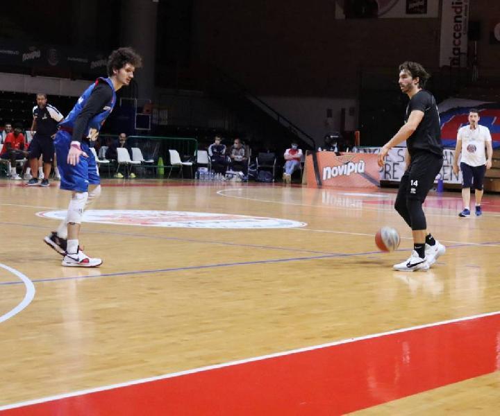 https://www.basketmarche.it/immagini_articoli/07-11-2020/buone-indicazioni-derthona-basket-test-amichevole-basket-monferrato-600.jpg