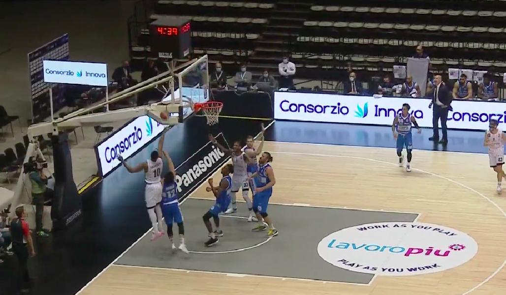 https://www.basketmarche.it/immagini_articoli/07-11-2020/logan-punti-guida-longhi-treviso-vittoria-campo-fortitudo-bologna-600.png