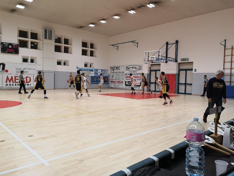 https://www.basketmarche.it/immagini_articoli/07-12-2019/grande-basket-giovane-pesaro-impone-primo-stop-capolista-santarcangelo-angels-600.jpg