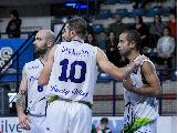 https://www.basketmarche.it/immagini_articoli/07-12-2019/lucky-wind-foligno-rituffa-campionato-derby-valdiceppo-basket-120.png