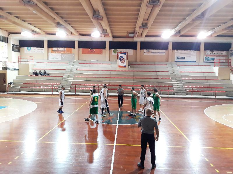 https://www.basketmarche.it/immagini_articoli/08-01-2019/recupero-turno-marotta-basket-supera-vadese-rimane-imbattuto-600.jpg