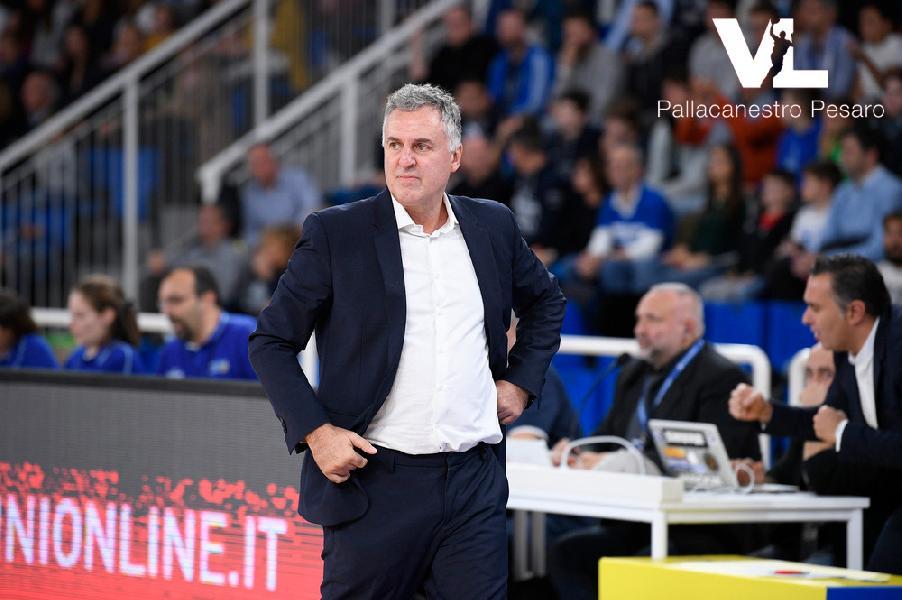 https://www.basketmarche.it/immagini_articoli/08-01-2019/vuelle-pesaro-massimo-galli-esonerato-squadra-affidata-matteo-boniciolli-600.jpg