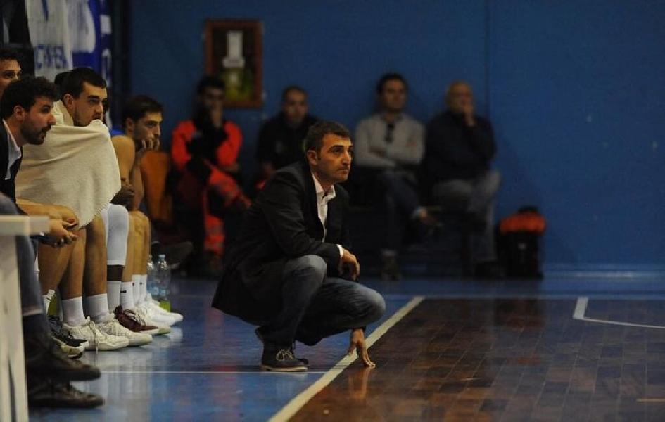 https://www.basketmarche.it/immagini_articoli/08-01-2021/ufficiale-agostino-origlio-allenatore-partenope-sant-antimo-600.jpg