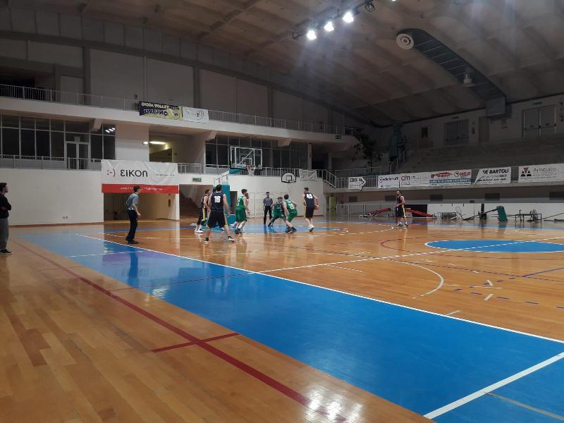 https://www.basketmarche.it/immagini_articoli/08-02-2019/cerontiducali-urbino-fermano-corsa-basket-vadese-600.jpg