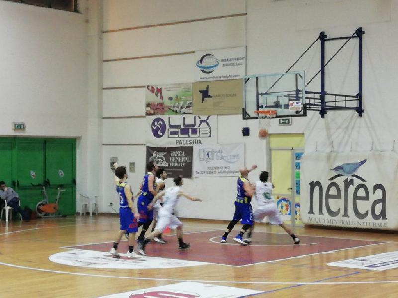 https://www.basketmarche.it/immagini_articoli/08-02-2020/deludente-trasferta-basket-fermo-campo-picchio-civitanova-600.jpg