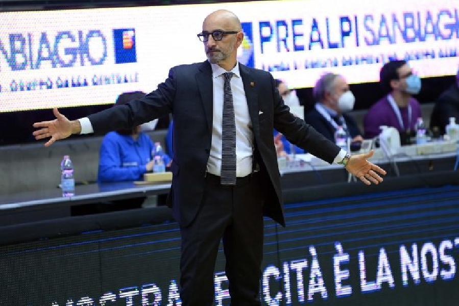https://www.basketmarche.it/immagini_articoli/08-02-2021/brindisi-coach-vitucci-avevo-dubbi-miei-ragazzi-treviso-hanno-mostrato-loro-valore-600.jpg