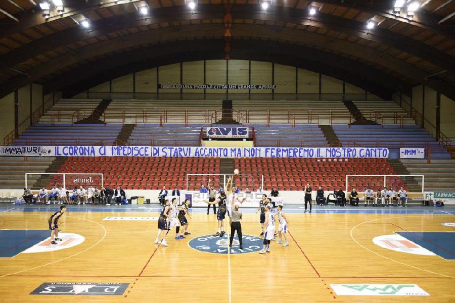 https://www.basketmarche.it/immagini_articoli/08-03-2020/silenzio-palaguerrieri-janus-fabriano-supera-sutor-montegranaro-600.jpg