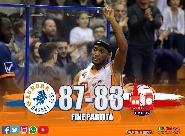 https://www.basketmarche.it/immagini_articoli/08-04-2018/serie-a2-l-aurora-jesi-batte-forlì-e-prosegue-la-sua-corsa-verso-i-playoff-270.jpg