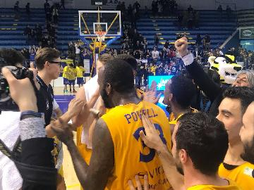 https://www.basketmarche.it/immagini_articoli/08-04-2018/serie-a2-un-ottima-poderosa-montegranaro-batte-udine-e-blinda-il-quarto-posto-270.jpg