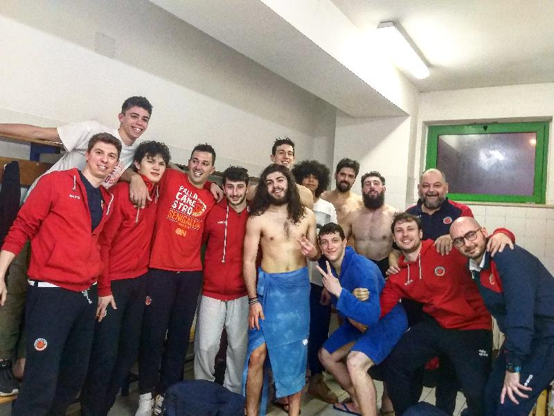 https://www.basketmarche.it/immagini_articoli/08-04-2019/pallacanestro-senigallia-sbanca-civitanova-conquista-playoff-600.jpg
