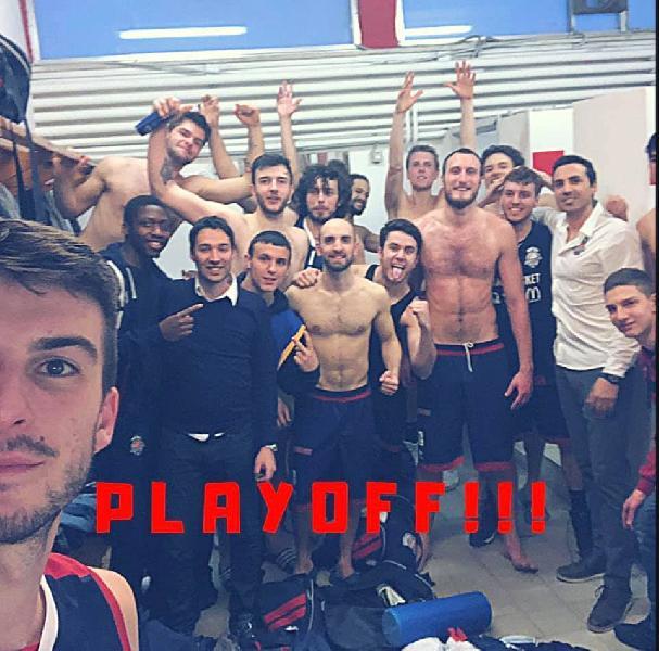 https://www.basketmarche.it/immagini_articoli/08-04-2019/sambenedettese-basket-espugna-pesaro-conquista-playoff-trascinata-straordinario-ortenzi-600.jpg