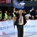 https://www.basketmarche.it/immagini_articoli/08-05-2018/serie-a-vuelle-pesaro-coach-galli--a-sassari-con-fiducia-la-difesa-sarà-decisiva--120.jpg