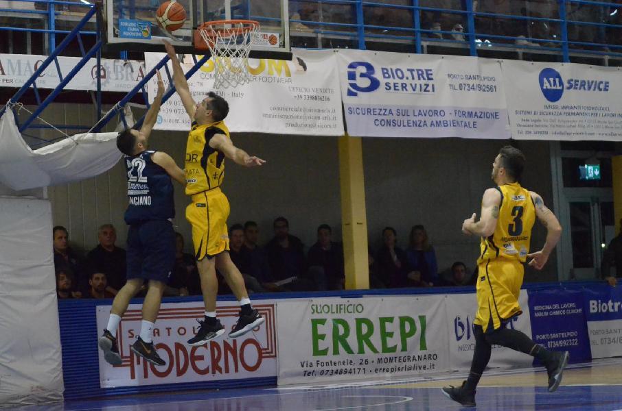 https://www.basketmarche.it/immagini_articoli/08-05-2019/gold-playoff-live-risultati-gara-semifinali-tempo-reale-600.jpg