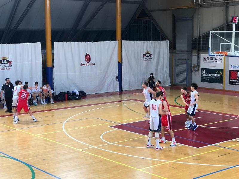 https://www.basketmarche.it/immagini_articoli/08-05-2021/brutta-sconfitta-robur-osimo-campo-virtus-assisi-600.jpg
