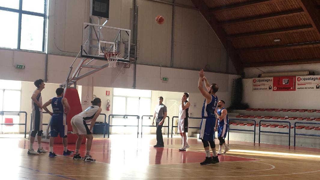 https://www.basketmarche.it/immagini_articoli/08-05-2021/titano-marino-espugna-campo-pallacanestro-acqualagna-600.jpg