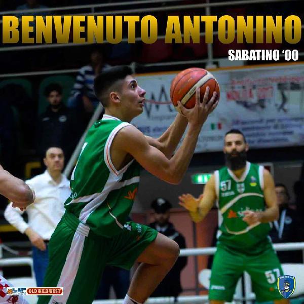 https://www.basketmarche.it/immagini_articoli/08-06-2020/ufficiale-givova-scafati-annuncia-firma-under-antonino-sabatino-600.jpg