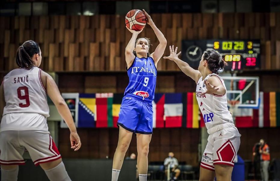 https://www.basketmarche.it/immagini_articoli/08-07-2019/europeo-under-femminile-italia-domina-anche-croazia-vince-girone-vola-ottavi-600.jpg