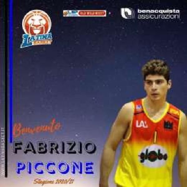 https://www.basketmarche.it/immagini_articoli/08-08-2020/ufficiale-porto-sant-elpidio-basket-fabrizio-piccone-firma-latina-basket-600.jpg