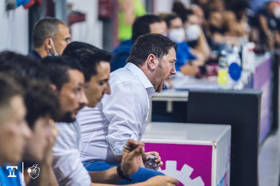 https://www.basketmarche.it/immagini_articoli/08-08-2021/janus-fabriano-ufficializzati-staff-tecnico-medico-fisioterapico-600.jpg
