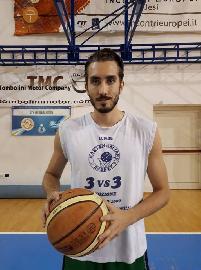 https://www.basketmarche.it/immagini_articoli/08-09-2017/d-regionale-capitan-niccolò-paolinelli-traccia-un-primo-bilancio-sulla-preparazione-del-montemarciano-basket-270.jpg