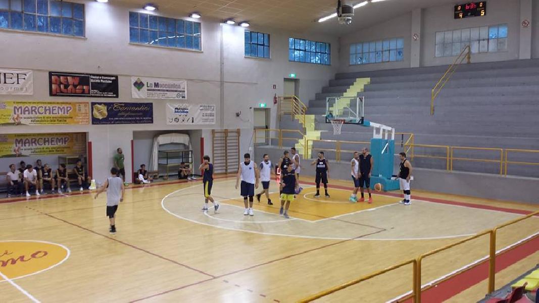 https://www.basketmarche.it/immagini_articoli/08-09-2018/serie-gold-robur-osimo-supera-pallacanestro-recanati-indicazioni-positive-entrambi-allenatori-600.jpg