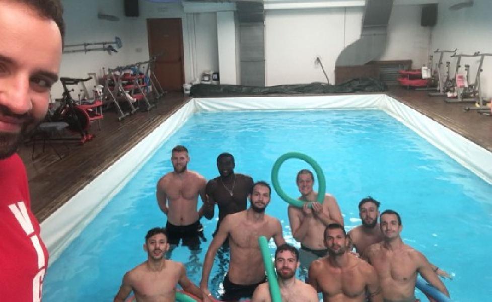 https://www.basketmarche.it/immagini_articoli/08-09-2018/serie-gold-vigor-matelica-chiude-seconda-settimana-lavoro-piscina-600.jpg