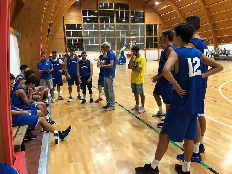 https://www.basketmarche.it/immagini_articoli/08-09-2018/serie-silver-prima-uscita-pallacanestro-titano-marino-forlimpopoli-bene-macina-felici-600.jpg