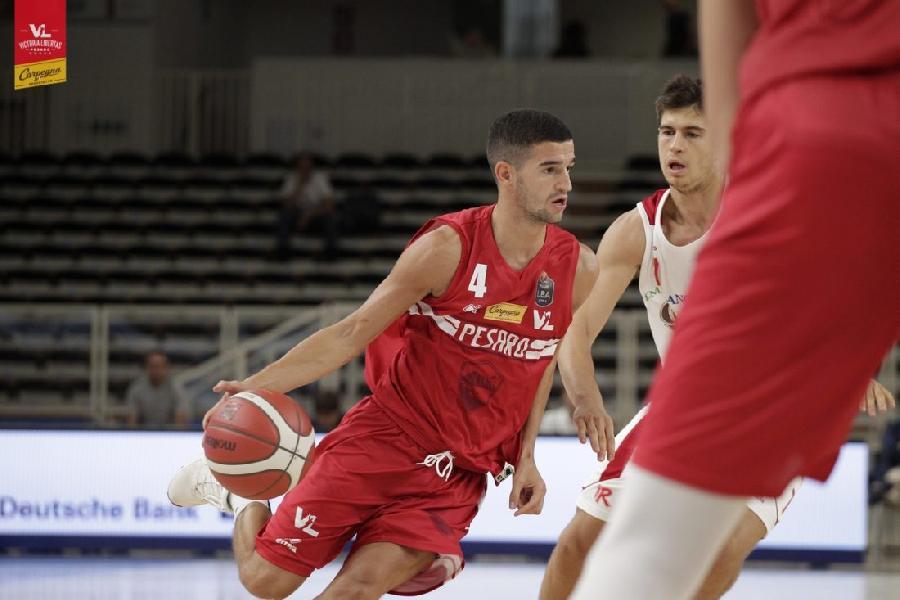 https://www.basketmarche.it/immagini_articoli/08-09-2019/memorial-brusinelli-carpegna-prosciutto-basket-pesaro-sconfitta-reggio-emilia-supplementare-600.jpg