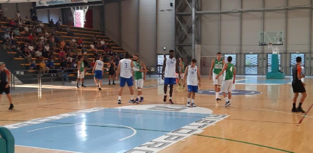 https://www.basketmarche.it/immagini_articoli/08-09-2021/janus-fabriano-aggiudica-amichevole-campetto-ancona-600.jpg