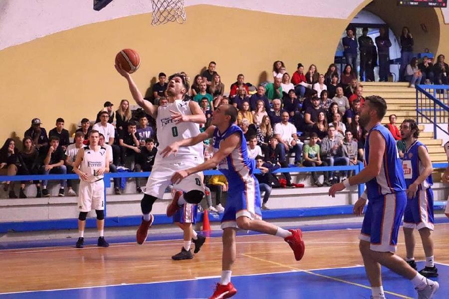 https://www.basketmarche.it/immagini_articoli/08-10-2018/risultati-tabellini-prima-giornata-spello-gubbio-valanga-vittorie-esterne-600.jpg