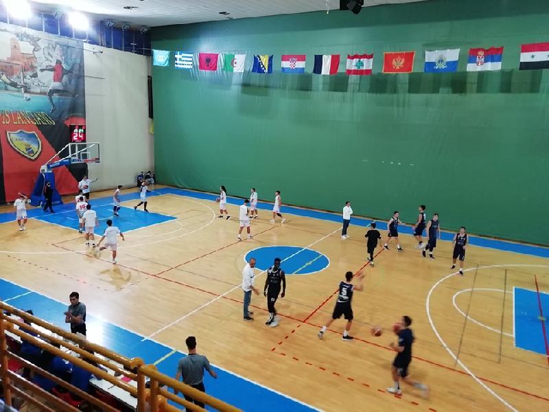 https://www.basketmarche.it/immagini_articoli/08-10-2019/under-fortitudo-bologna-espugna-campo-unibasket-lanciano-600.jpg