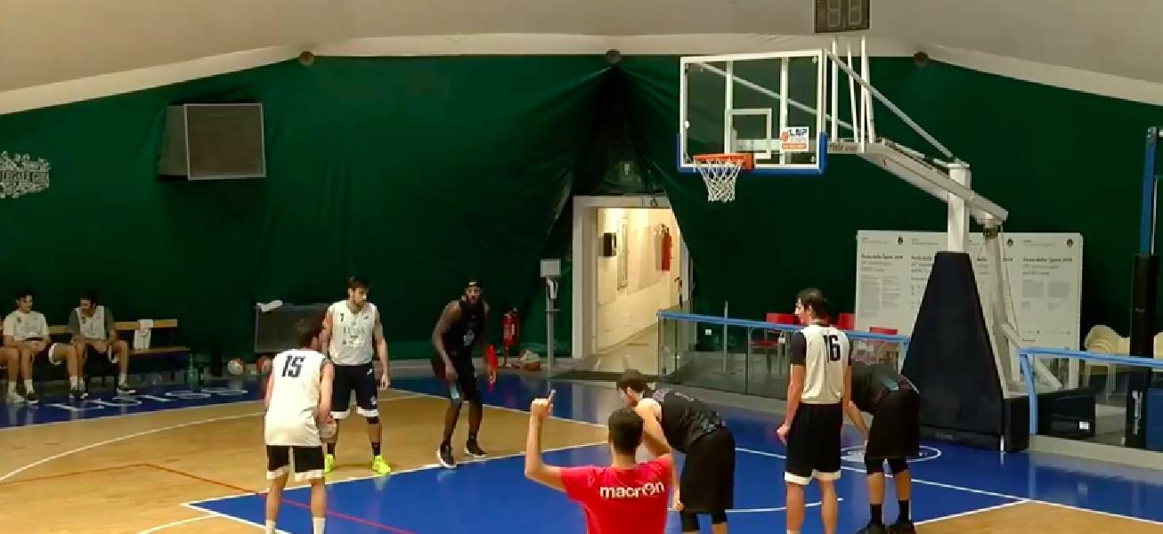 https://www.basketmarche.it/immagini_articoli/08-10-2020/buon-test-amichevole-rieti-campo-luiss-roma-600.png