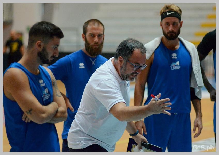 https://www.basketmarche.it/immagini_articoli/08-10-2020/pescara-basket-coach-vanoncini-teramo-visto-sensibili-miglioramenti-qualche-giocatore-600.jpg