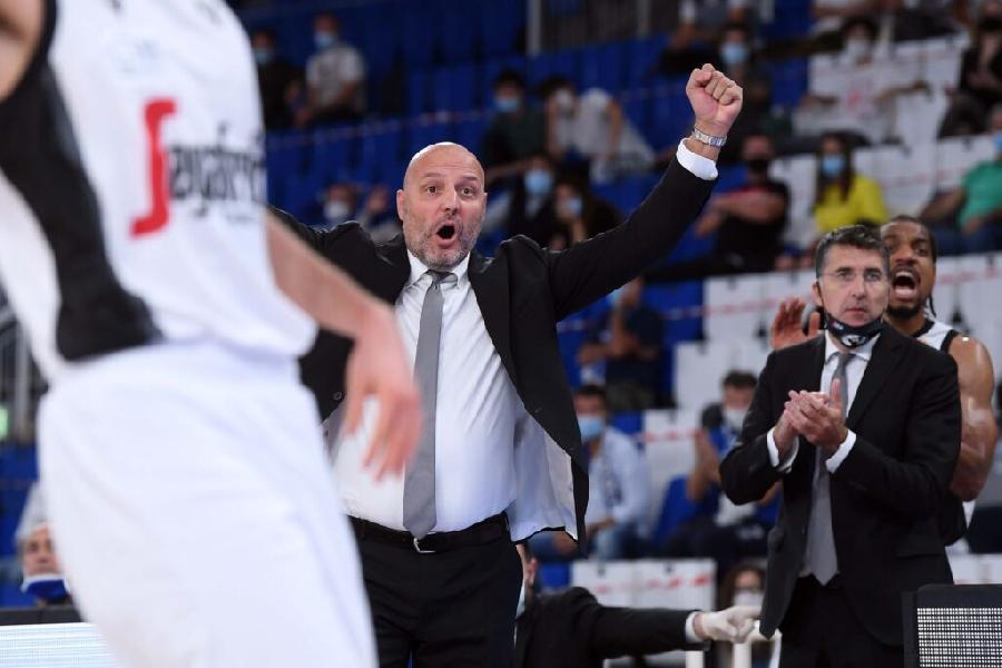 https://www.basketmarche.it/immagini_articoli/08-10-2020/virtus-bologna-coach-djordjevic-bella-vittoria-grande-squadra-600.jpg