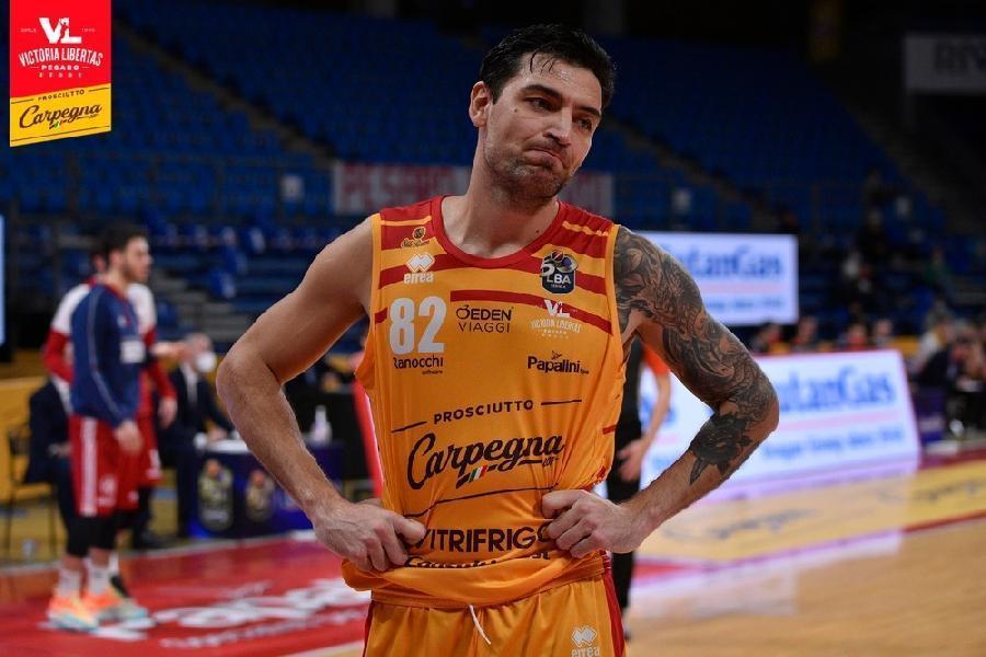 https://www.basketmarche.it/immagini_articoli/08-10-2021/pesaro-carlos-delfino-trieste-difesa-dato-spinta-vincere-tranquillit-bisogna-continuare-600.jpg