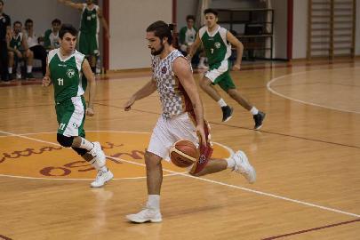 https://www.basketmarche.it/immagini_articoli/08-11-2017/d-regionale-i-protagonisti-del-campionato-intervista-ad-edoardo-carancini-basket-auximum-osimo-270.jpg