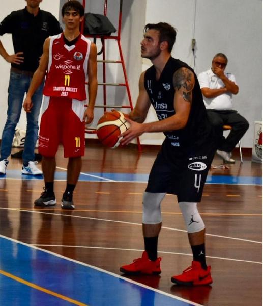 https://www.basketmarche.it/immagini_articoli/08-11-2018/protagonisti-campionato-intervista-riccardo-rombi-esterno-basket-todi-600.jpg