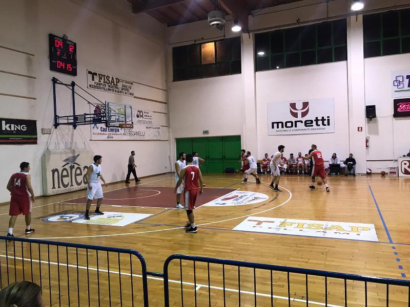 https://www.basketmarche.it/immagini_articoli/08-11-2019/basket-maceratese-passa-campo-picchio-civitanova-resta-imbattuto-600.jpg