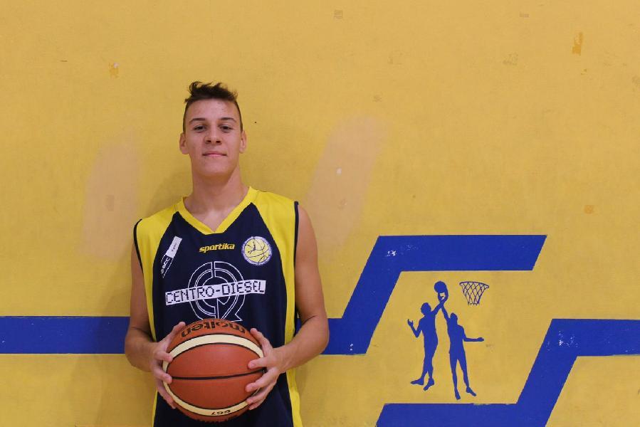 https://www.basketmarche.it/immagini_articoli/08-11-2019/under-gold-maltempi-mette-basket-fanum-ritrova-vittoria-lupo-pesaro-600.jpg